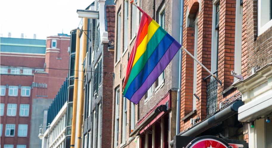 lesbisch online dating Kaapstaddating iemand leven met ex